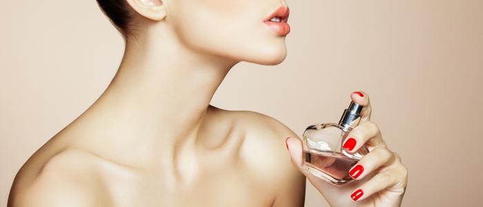 おしゃれ上級者を目指せ!香水のつけ方の基礎知識